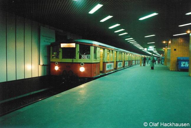 Bild: Stadtbahner Richtung Potsdam