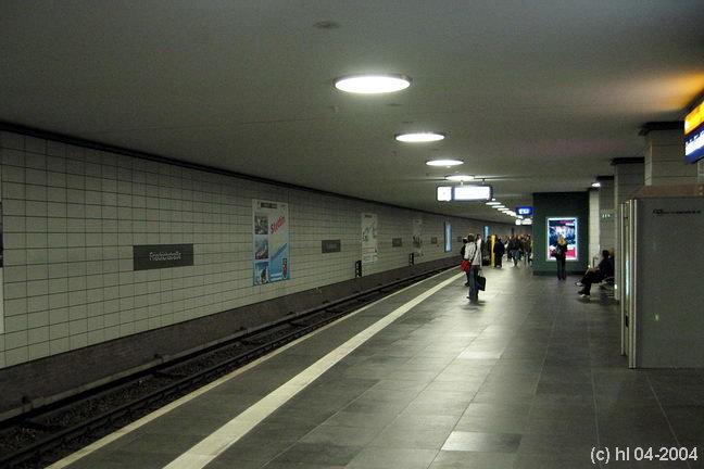 Bild: Bahnsteigansicht 2004