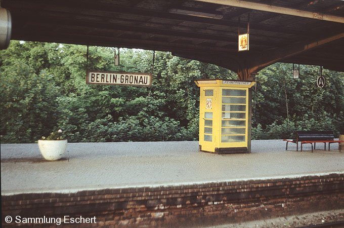 Bild: Bahnsteigansicht 1981