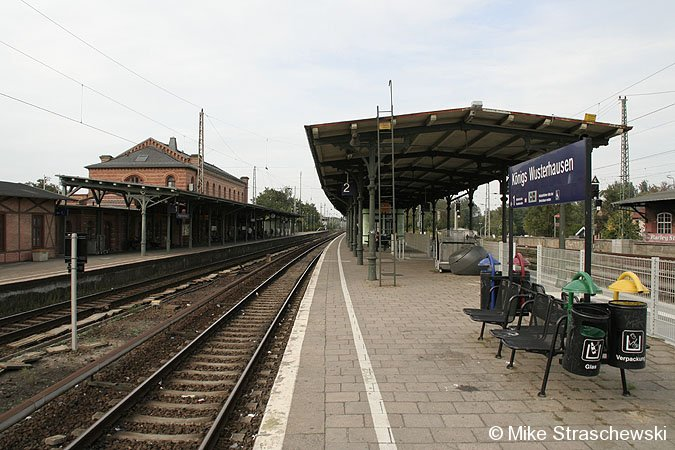 Bild: Bahnsteigansicht 2006
