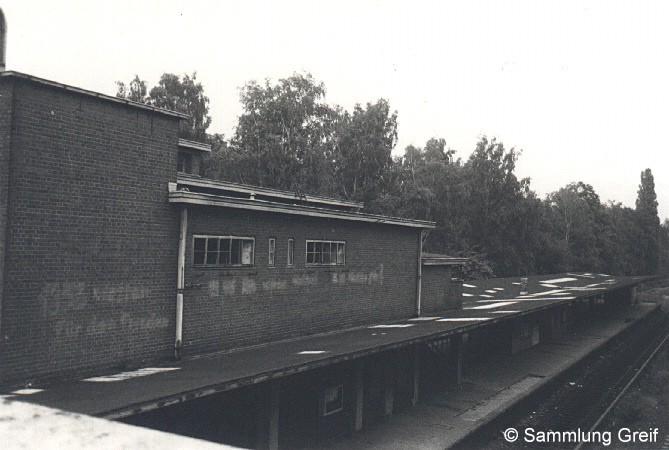 Bild: stillgelegter Bahnhof