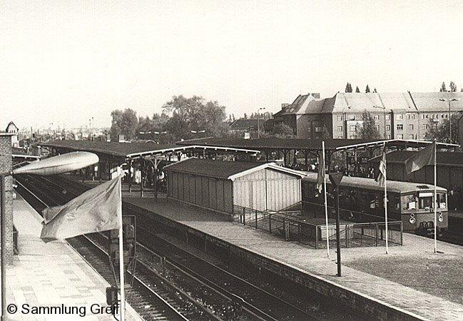 Bild: Bahnhofsansicht um 1983