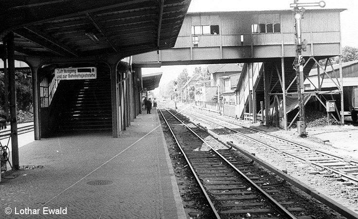 Bild: Bahnsteiggleis 1 mit Übergang