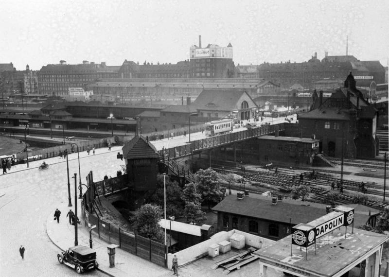 Bild: Bahnhofsansicht 1930
