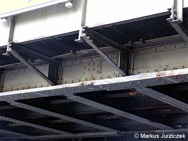 Bild: defekter Brückenträger