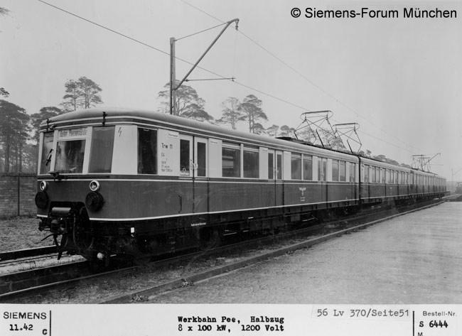 Zug um 1942