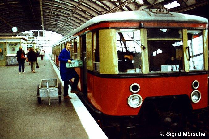 Bild: beim Beladen in Hauptbahnhof