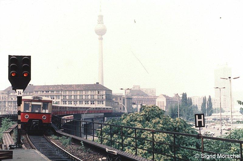 Bild: Ausfahrsituation Mitte der 1980er Jahre westlich von Jannowitzbrücke