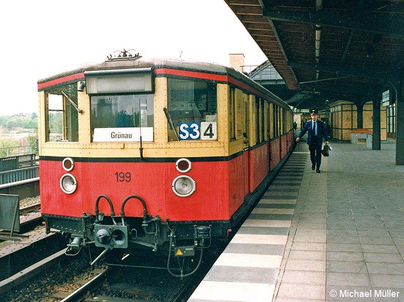 Bild: Personalwechsel im Lehrter Stadtbahnhof