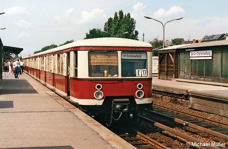 Bild: Zug der BR 277 im Bahnhof Charlottenburg - 2