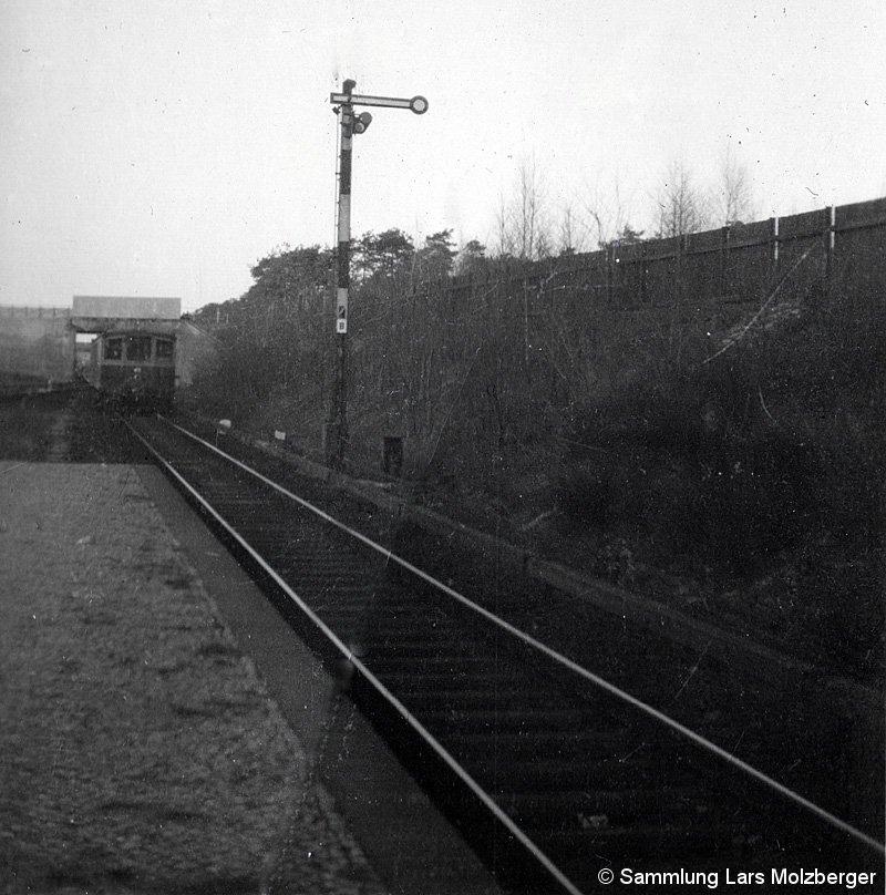 Bild: einfahrender Zug Stahnsdorf